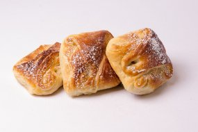 Puff pastry with apples
